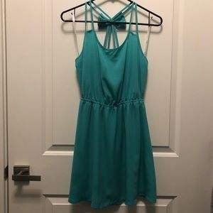 Green bow tie strap mini dress Small